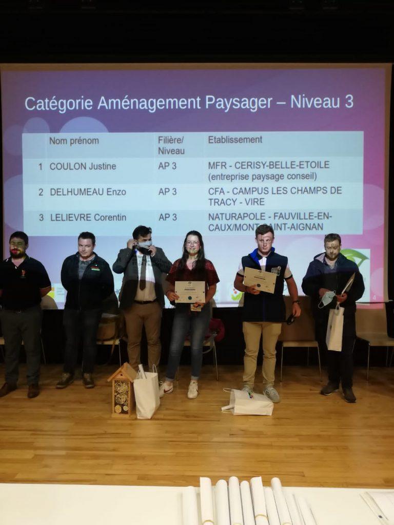 Justine Coulon, Compositrice végétale, médaillée d'or au concours régional de reconnaissance des végétaux !