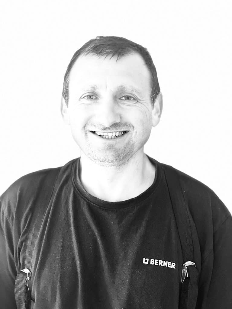 Léonid, Agent technique à la Maison Familiale du Paysage de Cerisy-Belle-Étoile depuis 2021 !